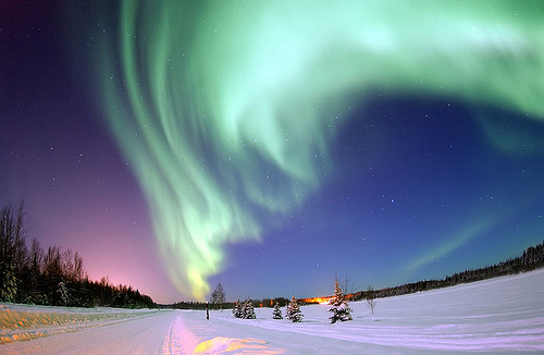 trip to iceland, endless earth travel planner, travel consierge, blue lagoon, reykjavik city walk, northern lights